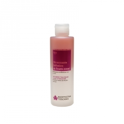 Red berry two-phase make-up remover